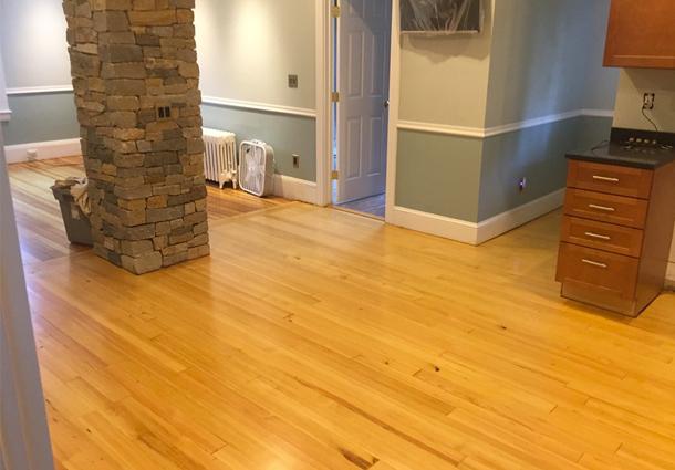 Vertical Heart Pine Floor